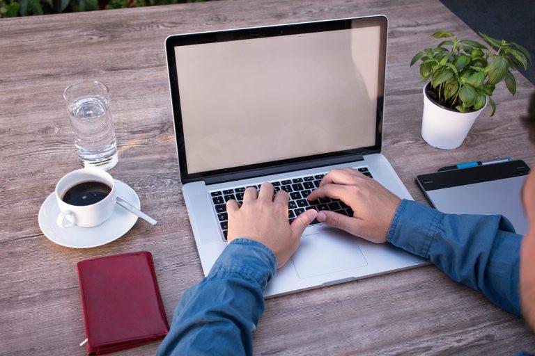 Zwiększa się liczba freelancerów na rynku pracy