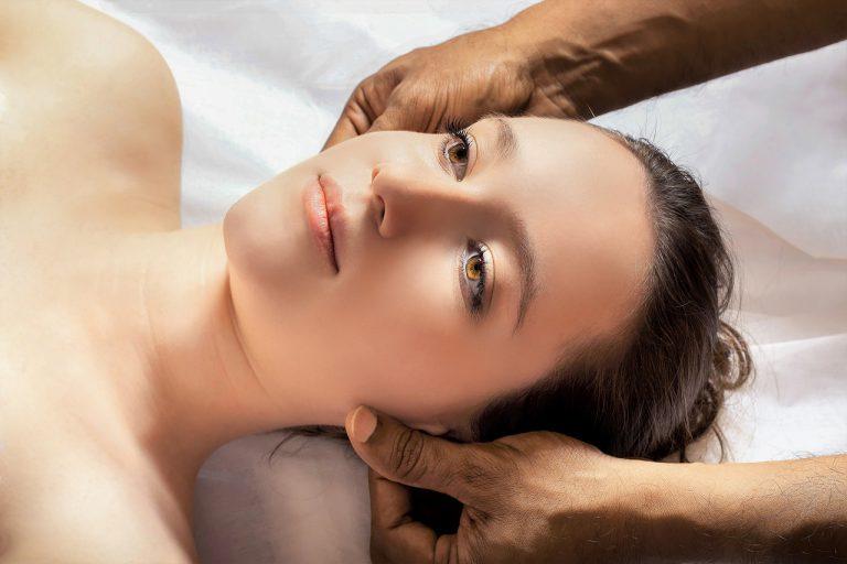Zabieg ultradźwiękami – działa jak bezoperacyjny lifting